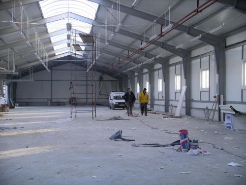 Budowa hali produkcyjnej (15)