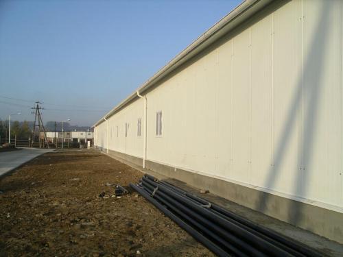Budowa hali produkcyjnej (19)