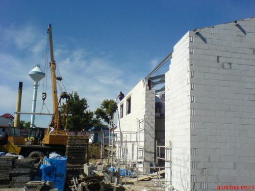 Budowa hali produkcyjnej (8)