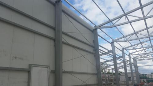 Budowa hali produkcyjnej (10)