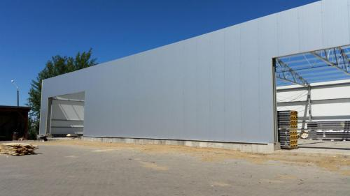 Budowa hali produkcyjnej (22)
