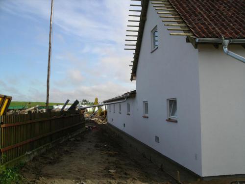 Budowa obory (3)