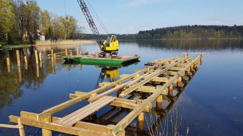 budowa pomostu (10)